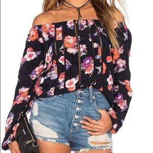 Tularosa Off Shoulders Top